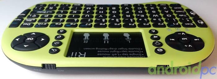Rii mini i8+ Conectores